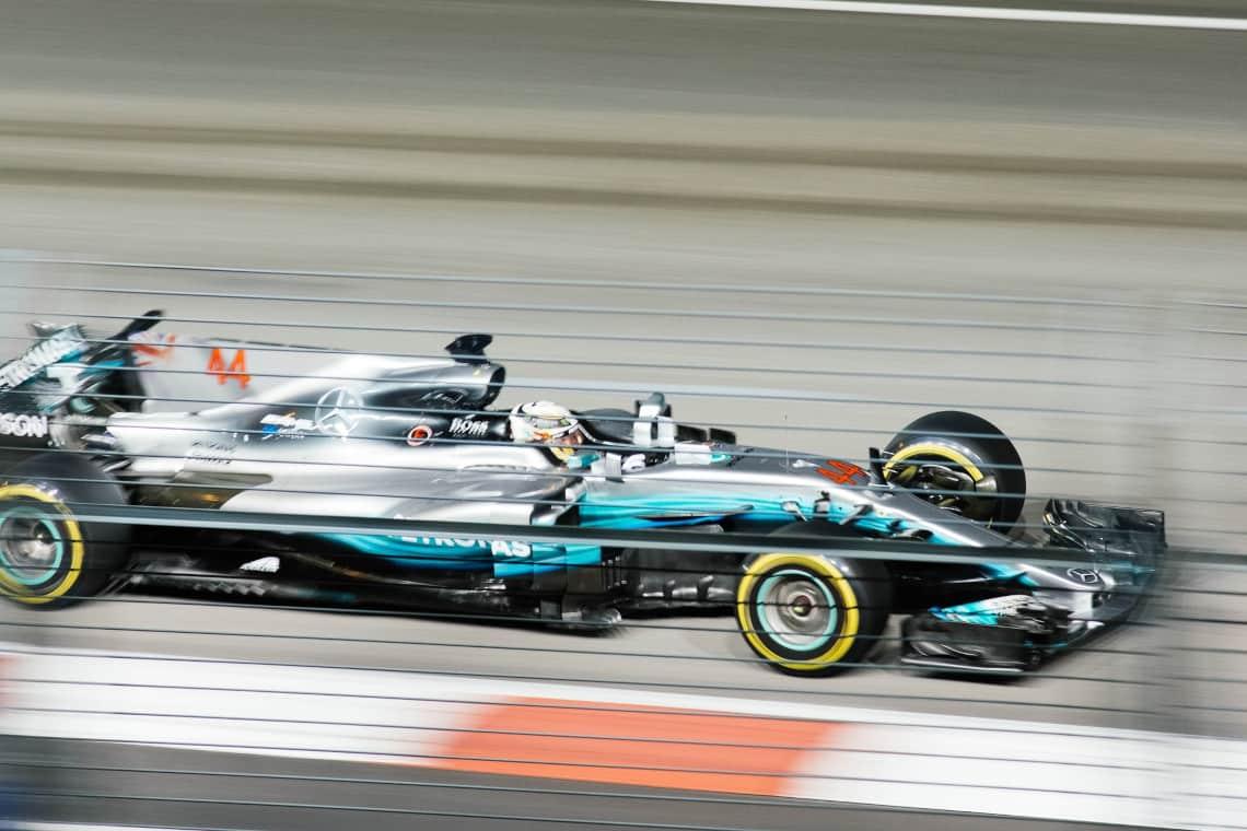 Formule Un bleu   Chuttersnap   vitesse de l'internet