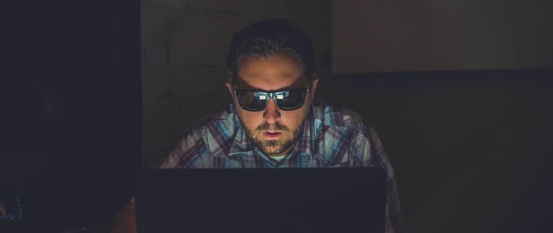 2 types d'attaques communes de site: DOS et Injection SQL