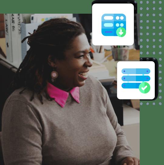 Femme dans un bureau | Serveur VPS Canada